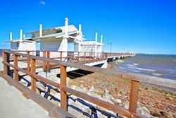 Woody Point Jetty has only seen events such as the fun jetty to jetty run however this could be a potential venue as the main street forms a cup-de-sac which is fringed with cafes, restaurants and bars.