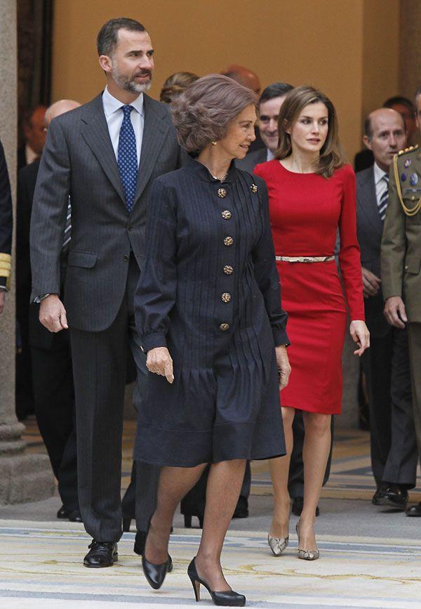 La Familia Real española a su entrada en el Palacio de El Pardo para premiar el deporte españo