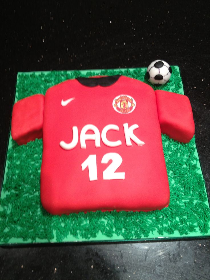 Manchester United Football Shirt Cake