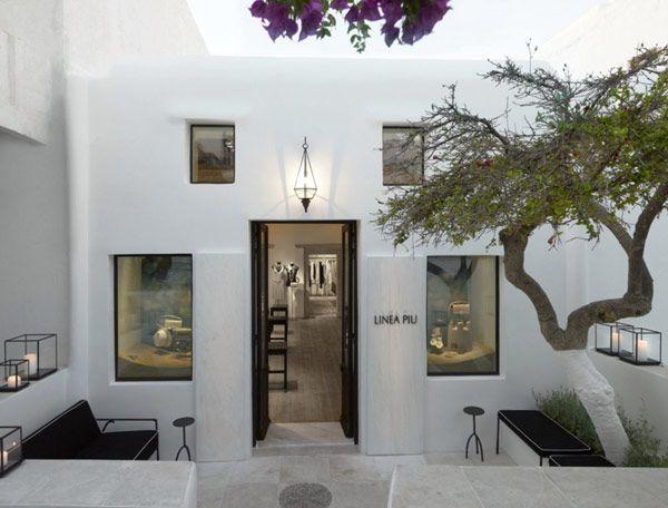 Elegant LINEA PIU Boutique in Mykonos