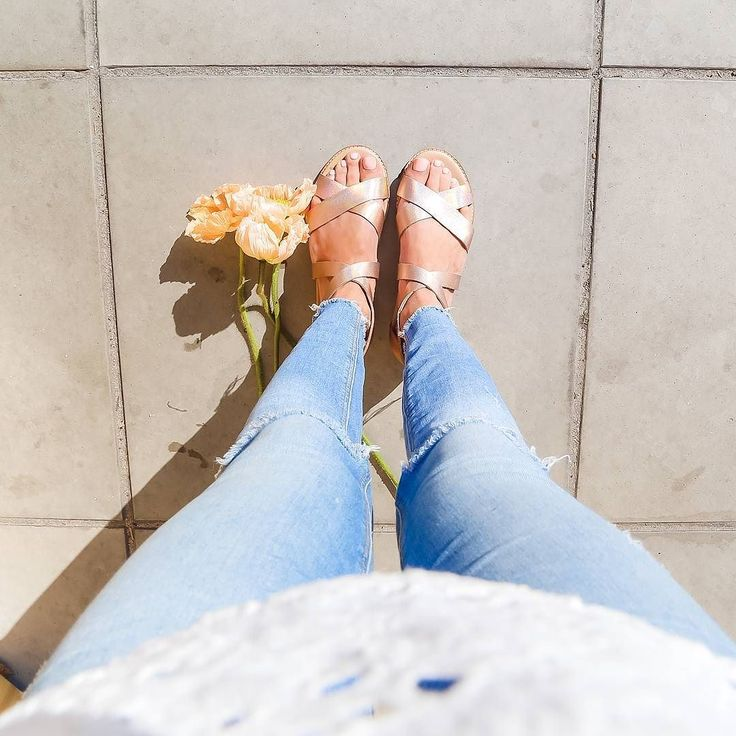 Blooms sunshine and sandals. 3 of our favourite things Shop our new 'Robin' sandal and the rest of our sandal collection via the link in our bio.