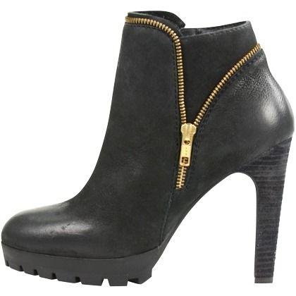 Hübsche schwarze Stiefeletten von Sacha. Diese Schuhe haben einen auffälligen Zipper und einen hohen Absatz. ♥ ab 99,99 €