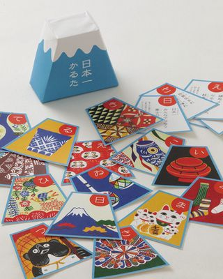 Japanese card game 'Karuta'   お正月は日本一かるたで日本を知る。 日本全国47都道府県が誇る「日本一」をかるたで。