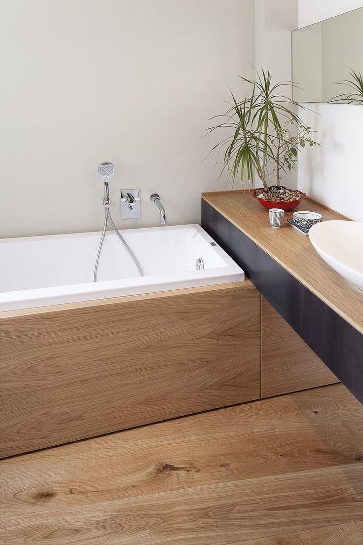 Salle de bain | Une salle de bain en bois | #salledebain, #décoration, #luxe. Plus de nouveautés sur magasinsdeco.fr/