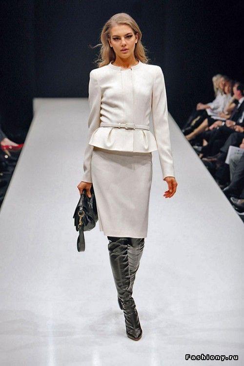 Moda-Online - Женская одежда Киев, Украина костюмы, модные платья, одежда для беременных, юбки в Украине