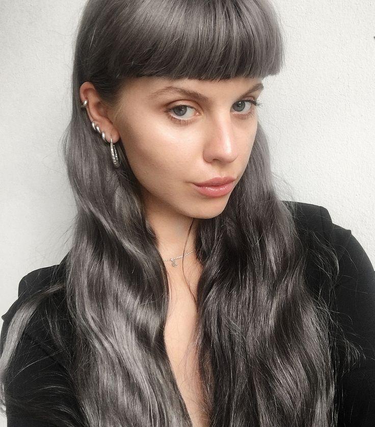 Frida Vega Salomonsson in #AllBlues Hungry Snake Carved silver earrings (http://allblues.se/en/product/3129/hungry-snake-earrings)