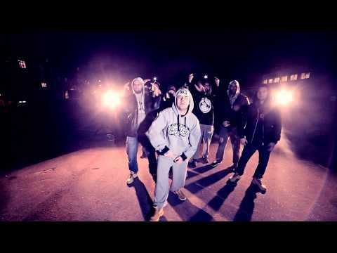 "Śliwa ""Nie Daj Się"" feat. DJ. Fidel Kostro (OFFICIAL VIDEO) http://newvideohiphoprap.blogspot.ca/2014/12/sliwa-nie-daj-sie-ft-dj-fidel-kostro.html"