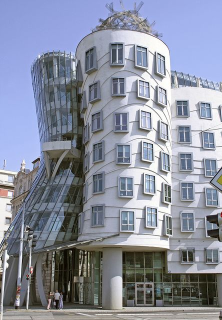 Prague frank gehry building city prague c sk for Quirky hotels prague