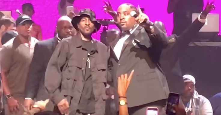 Legendary rap duo Eric B & Rakim reunited Friday at Harlem's Apollo Theater to celebrate the 30th anniversary of their landmark LP 'Paid in Full.'
