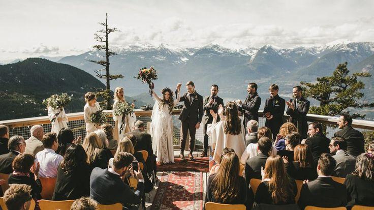 Como fazer uma cerimônia de casamento sem gastar com decoração? - Salve a Noiva