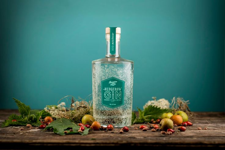 Hedgerow Gin on Packaging of the World - Creative Package Design Gallery