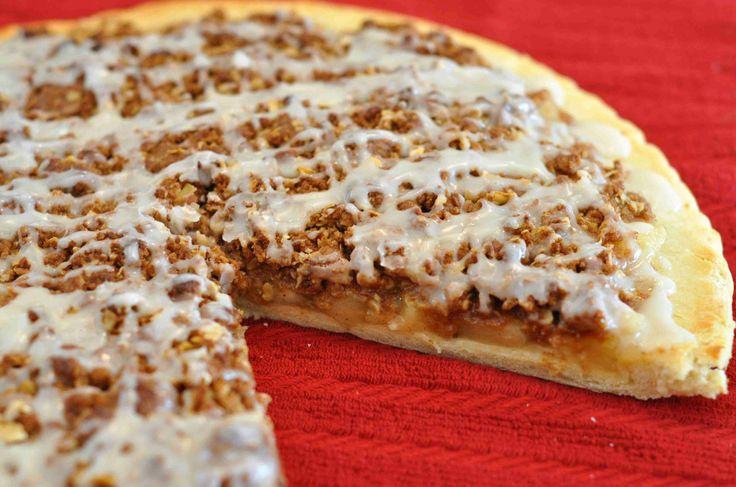 Apple Doozie Dessert Pizza.