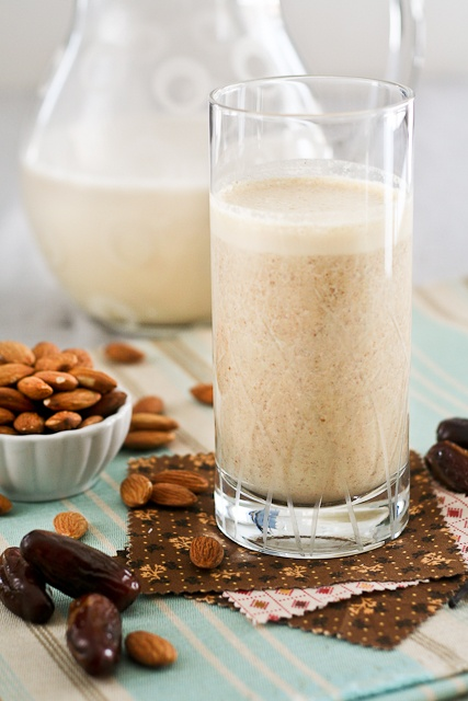 That Almond, Date and Vanilla Smoothie has this beautiful and delicate ...
