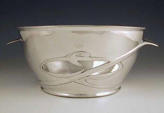 1905 Pewter bowl / Archibald Knox for Liberty & Co.
