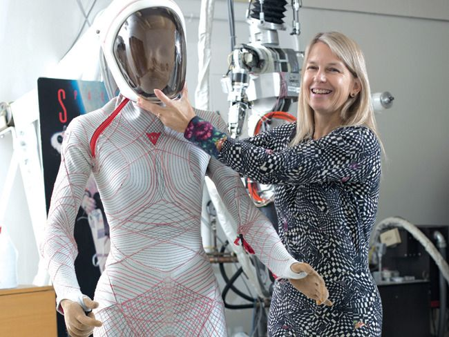 mars landing outfit - photo #18