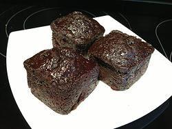 Brownie Bliss  9 x 4 oz mini loafs $45 12 x 4 oz square $55 thesmoothiebar.ca