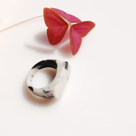 Marble Ring / size US 725 by Monopolka on Etsy