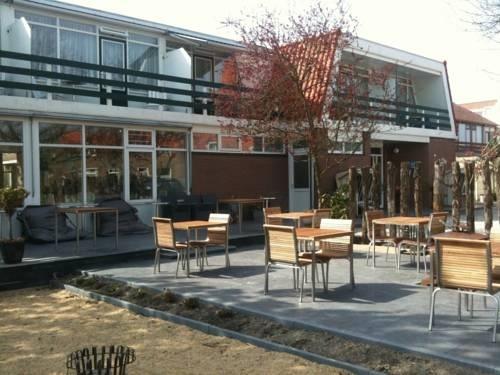 Gastvrij onthaal in hotel Kijkduin - Zeeland camping, vakantiehuis, hotel, B, bed breakfast aan zee, Tholen, Walcheren, - Zeeuws Reisje