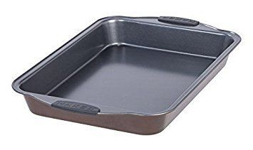 The bonded aluminized steel, heavy-gauge construction means this lasagna pan offers rust-proof performance, maximum durability and even heat distribution. Great for baking, roasting and more. The double-layer ceramic coating provides easy cleanup and excellent food release. Pans come with a... - http://kitchen-dining.bestselleroutlet.net/product-review-for-14-inch-lasagna-pan/