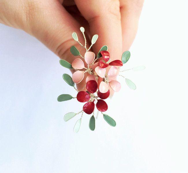 Haarnadeln - 3 Haarnadeln mit Blütenranken  - ein Designerstück von Streublumen bei DaWanda