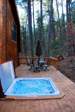 Bear Paradise 2/2 Cabin for Rent in Ruidoso New Mexico NM. (Hot tub, Wooded View, Internet). Click for more info.