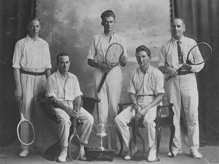Fashion Through Time 1920s The youth culture. Tennis