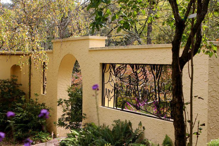 Paul Sorenson designed Everglades garden in Leura, in the world heritage listed Blue Mountains. www.aussiemumnetwork.com/everglades.html#.U19xQShqafQ