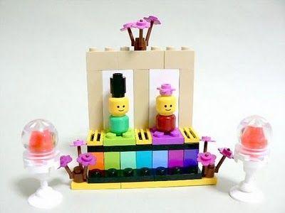Hina Matsuri! (Girls Day) display with lego. Found on Zakka Life