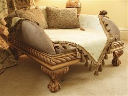 Windsor Luxury Pet Bed - Luxurious Beds are handcrafted by a talented, experienced soft furnishings designer, upholsterer, carpenter and wood craftsman with over 25 years of experience. All the beds are one-off pieces of fine furniture that are entirely hand-made using only high quality materials and traditional woodworking and needlecraft methods.