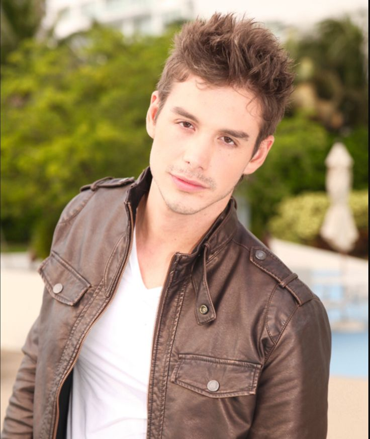 Oscar Priego - mexicano