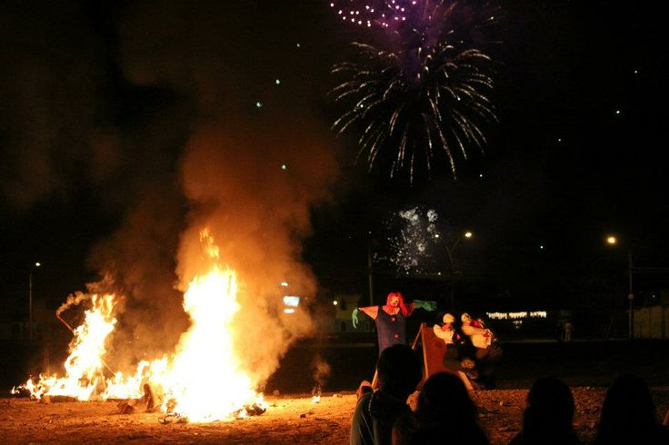 New Years Eve! tradición nortina, Antofagasta, Chile #chile #añonuevo #antofagasta