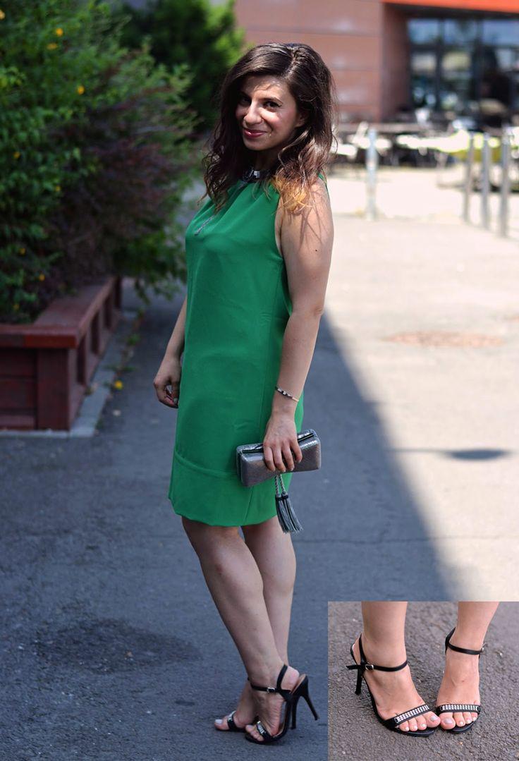 Mona, a ales sandalele de ocazie Madeline de la Matar.ro pentru un eveniment special. pentru mai multe detalii click pe poza!
