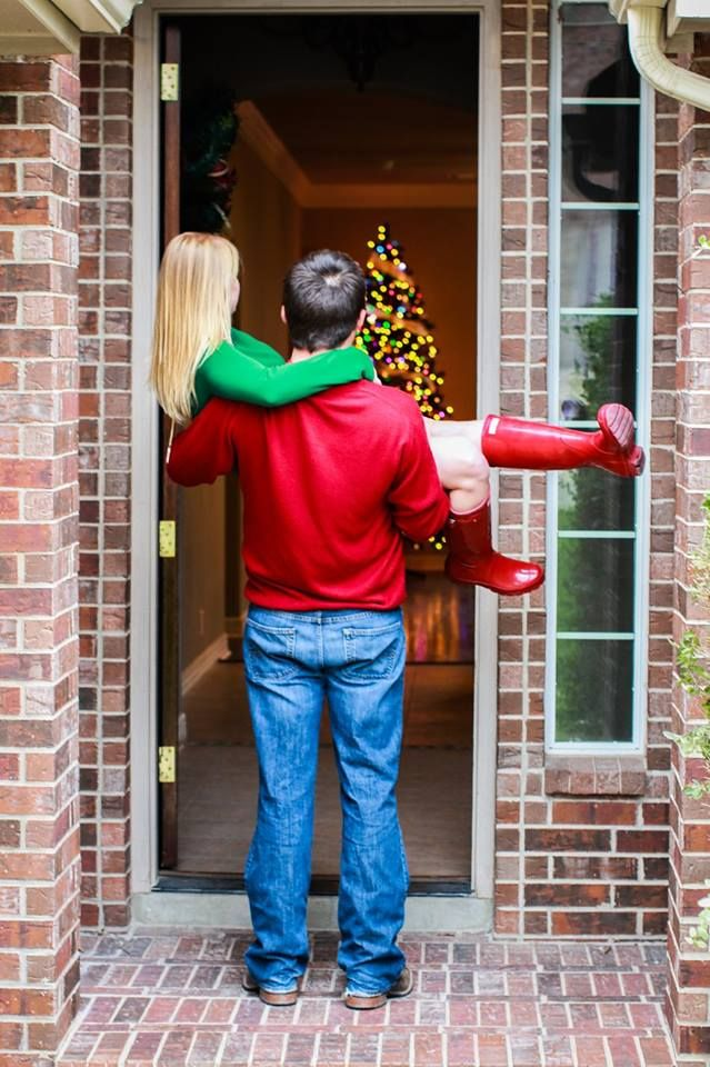 First Christmas in our new home - Couple Christmas Photography - Christmas Pictures - Holiday card - First Home Pictures - Heartsweet Photography - Red Hunter Boots