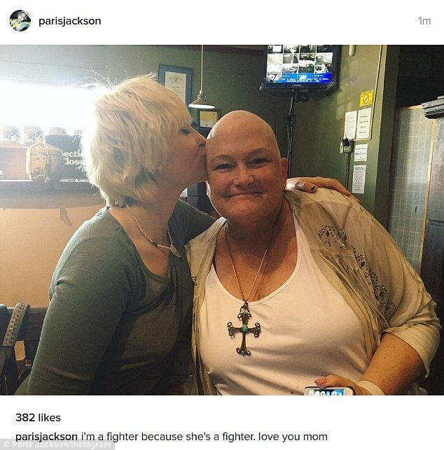 'love you mom': On Friday, Paris Jackson posted a photo of herself with her mother Debbie Rowe, who has gone bald after undergoing chemotherapy from breast cancer