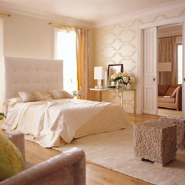 Интерьер спальни в бежевом цвете фото