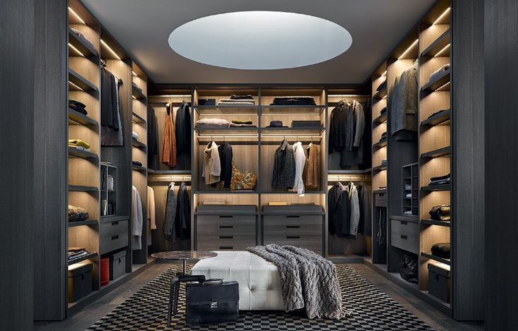 Sleak, organized walk-in closet for the perfect master bedroom  www.bocadolobo.com #bocadolobo #luxuryfurniture #exclusivedesign #interiodesign #designideas #walkinclosetideas #bedroomideas #walkinclosets #sleakwalincloset