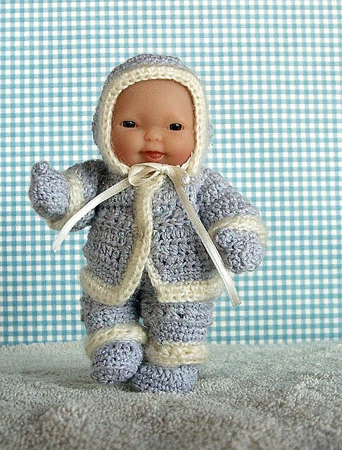 """Ravelry: PDF Pattern Snowtime Fun for Berenguer 5""""dolls pattern by Danni Smith"""