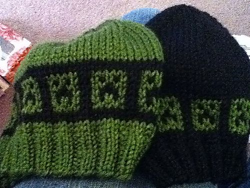 Ravelry: Minecraft Creeper Hat Chart pattern by Jan Baxter - this is simialr to a crochet pattern I was trying to design!