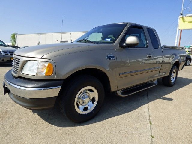 Trucktastic! In the World of Soaring Truck Prices, You'll Appreciate the Value of this 1-Texas-Owner 2002 #Ford #F150 SuperCab XLT V6 #Pickup #Truck with Low Miles & a Clean CARFAX for Only $5,990! -- http://www.hertelautogroup.com/2002-Ford-F150/Used-Truck/FortWorth-TX/9007617/Details.aspx  #fordf150 #firsttruck #goodtruck #worktruck