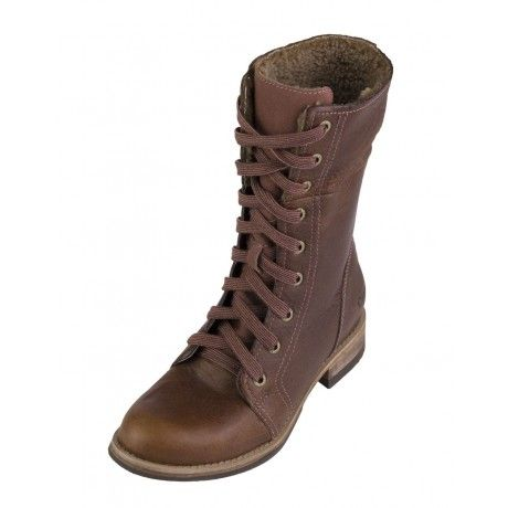 Caterpillar's Narcissa is a nine-eyelet lace-up calf-length boot with a fold-down collar that exposes the contrast fleece lining. A side zip allows for easy foot entry and a Goodyear welted rubber outsole ensures excellent traction. Comfortable and stylish, the Narcissa will provide all the warmth you need this winter.