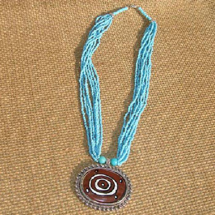 Многослойное ожерелье из бисера с подвеской в этническом стиле