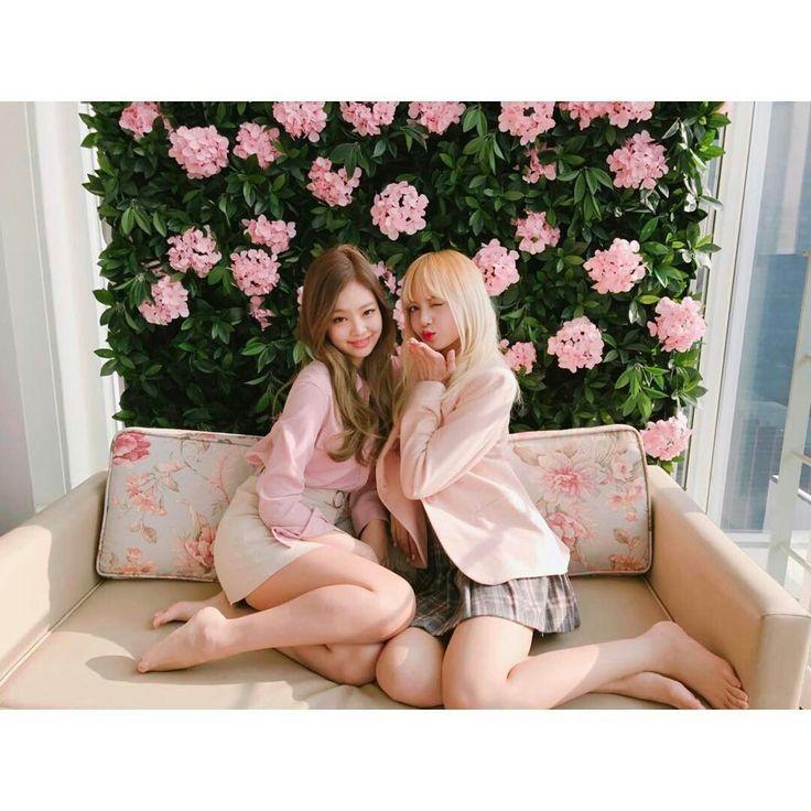 Jennie&Lisa