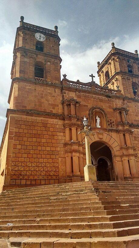 Barichara... iglesia...  Colombia!