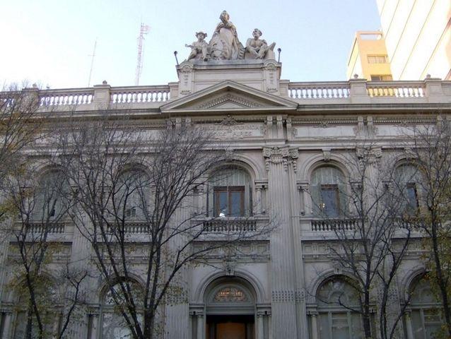 Bahia Blanca, Edificio Tribunales.