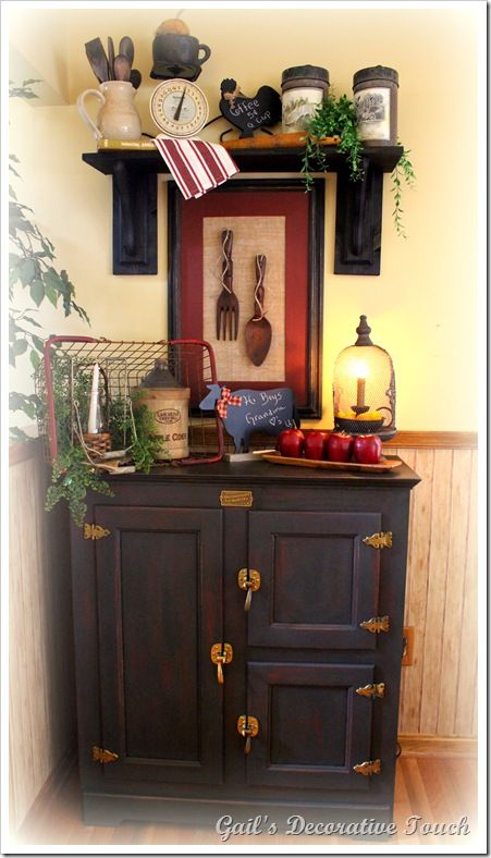 Gail's Decorative Touch: The Finishing Touches in a Country Kitchen (includes instructions for DIY non-fireplace mantel)