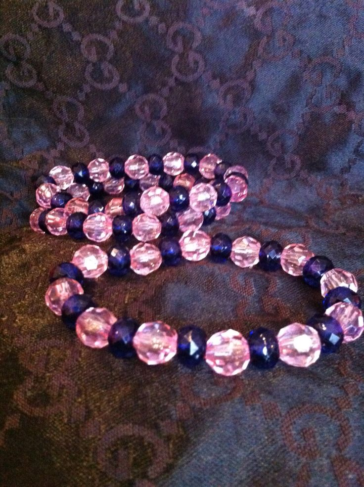 Pink and blue beaded stretch bracelet