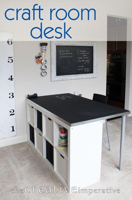 craft room desk from ikea bookshelf with text längs ins Zimmer mit kürzeren Beinen unter die Schräge