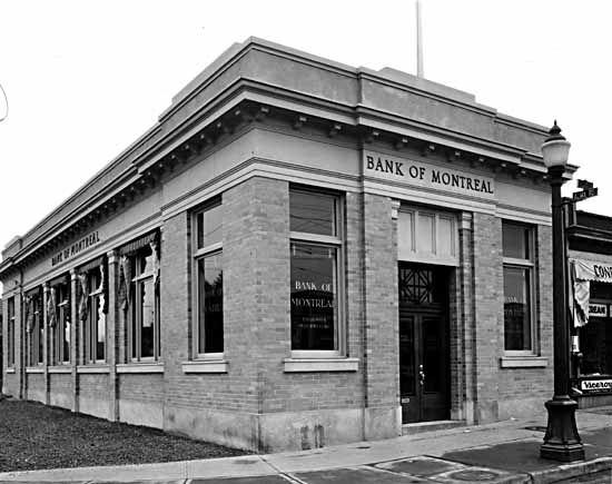 1929, Bank of Montreal at Alma at 4th Avenue