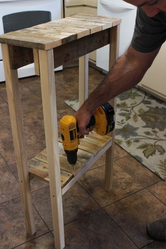 How to Build a Console Table from a Pallet by Curb to Refurb featured on Remodelaholic