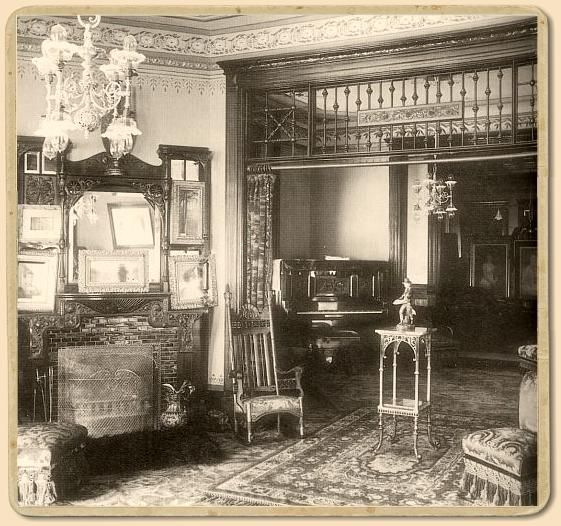 A parlor in the Broadwater Hotel